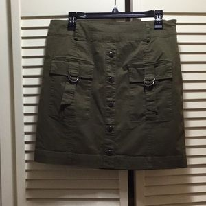 Guess olive green cargo skirt